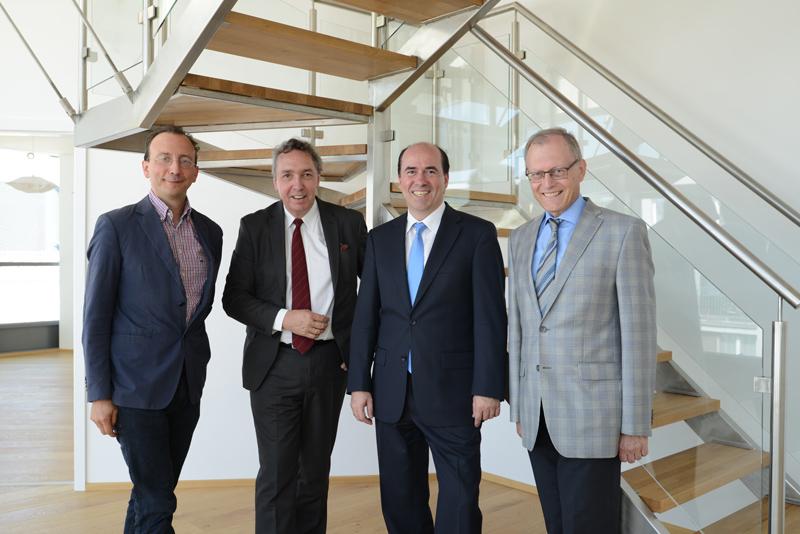 Dr. Otto Kammerlander, Univ. Prof. Dipl.-Ing. Dr. techn. Andreas Kolbitsch, Architekt Baumeister Dipl.-Ing. Roland Popp, Dr. Wolfgang Kirchmayer (v.l.n.r.)